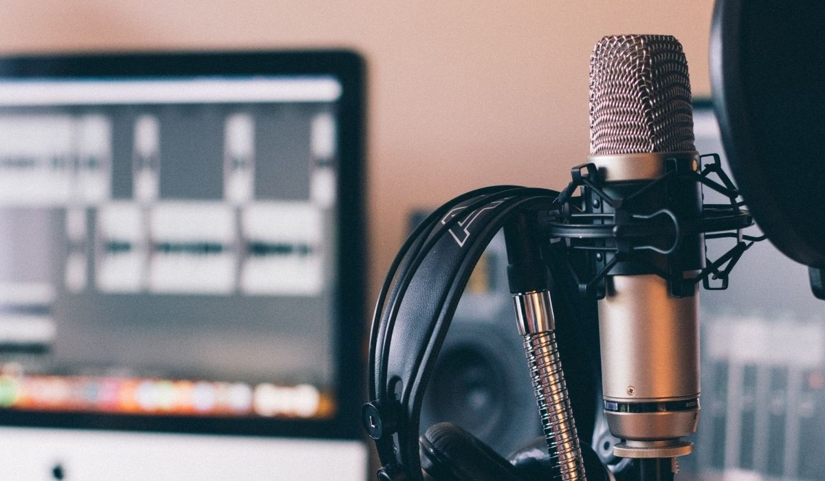 Mic, headphones and audio software